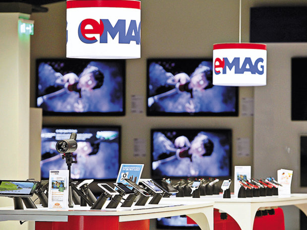 eMAG introduce taxe de livrare şi pentru produsele pe care clienţii le ridică şi le transportă singuri acasă
