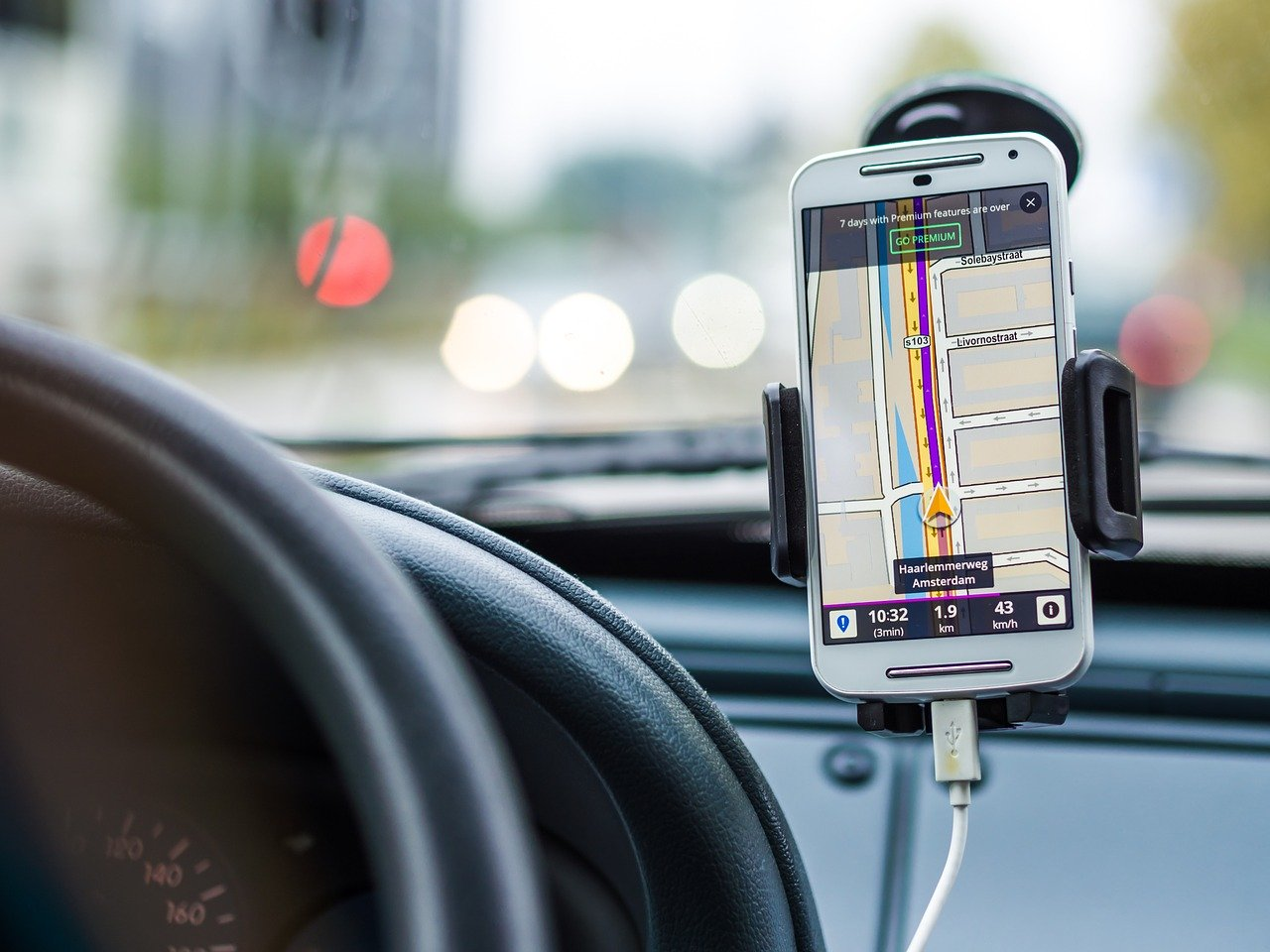 Cu banii de smartphone poți să-ți iei mașină