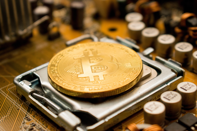 Chinezii vor să folosească energia electrică în exces pentru a mina Bitcoin