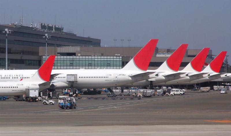 Prețurile călătoriilor aeriene se dublează: 2.200 de dolari la clasa economic între SUA și Europa