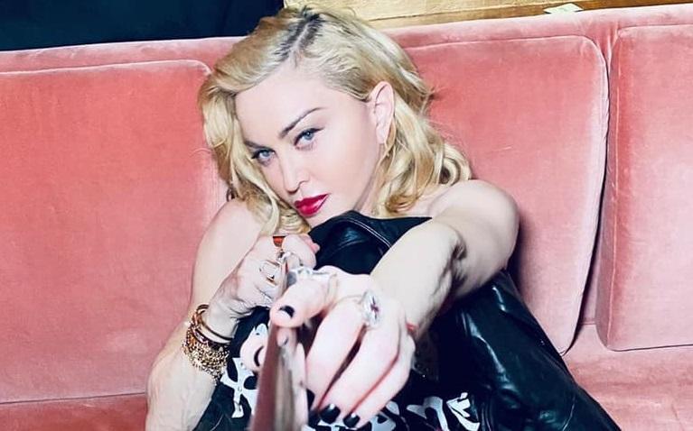 """Coronavirus: """"Am fost bolnavă la sfârșitul turneului meu la Paris"""", spune Madonna"""