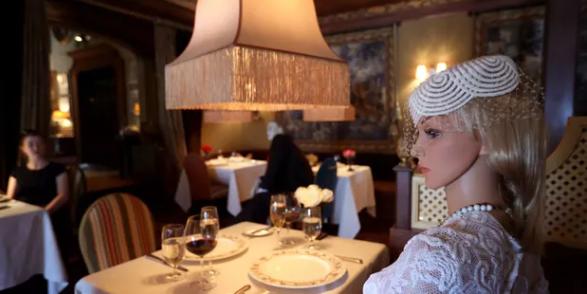 Coronavirus: un restaurant american înlocuiește o parte dintre clienți cu manechine