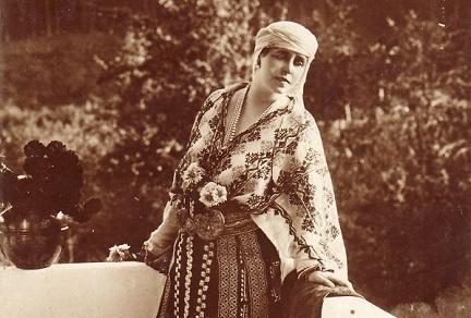 Ziua Universală a Iei. Sărbătoarea celei mai importante piese a costumului tradițional românesc
