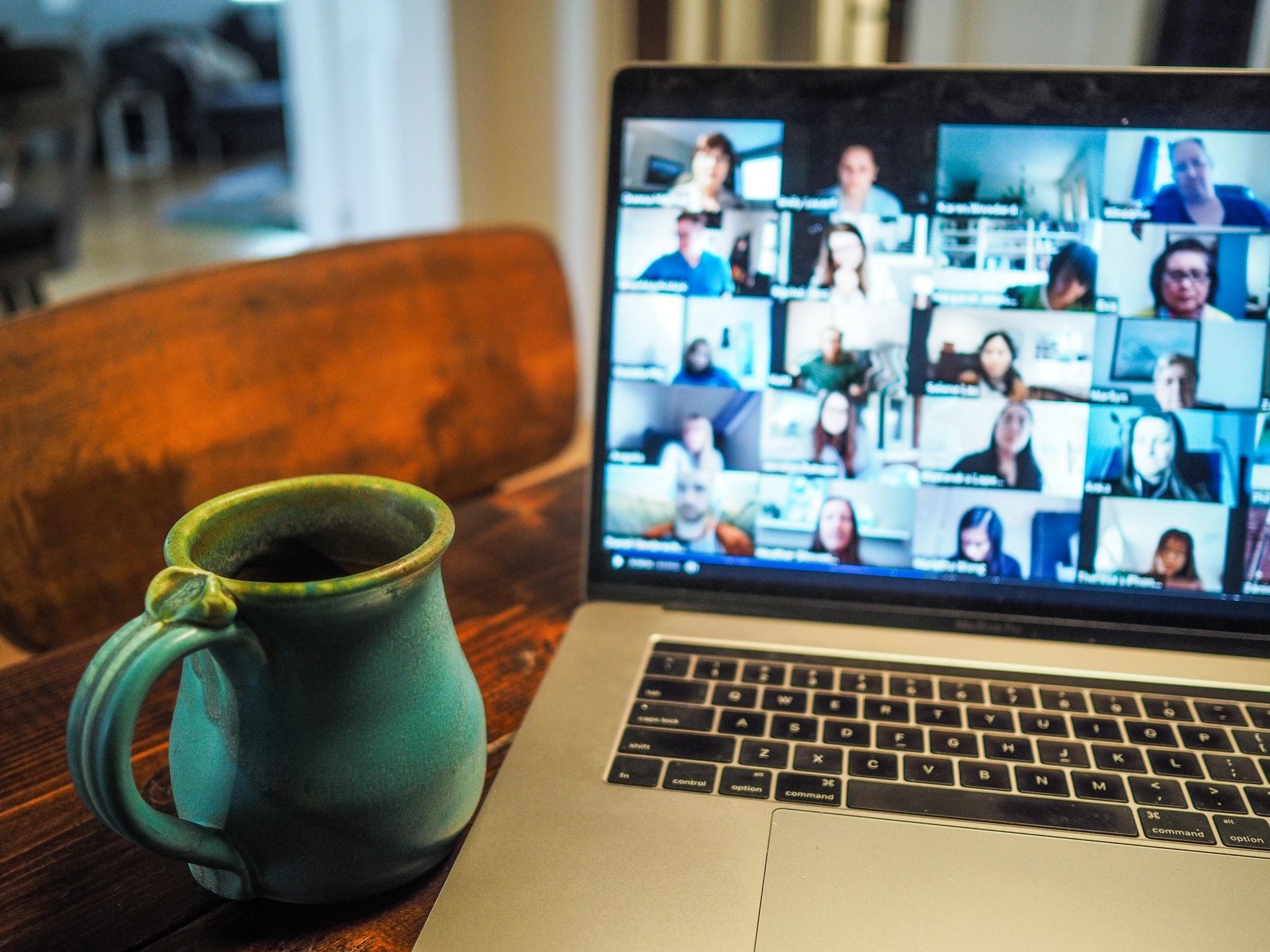 Aplicația pentru videoconferințe Google Meet primește funcționalități noi și atacă supremația ZOOM