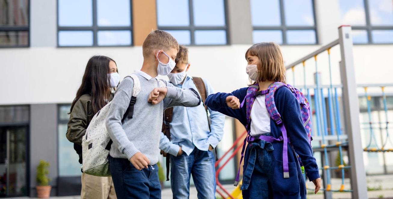 """Studiu serologic realizat în școlile primare: """"Rata de transmitere între copii este foarte mică"""""""