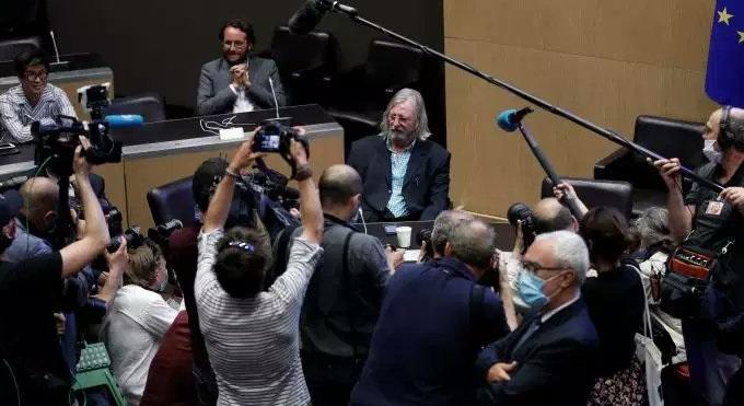 Didier Raoult, audiat de comisia de anchetă. Acuză oficialii din domeniul sănătății de conflict de interese