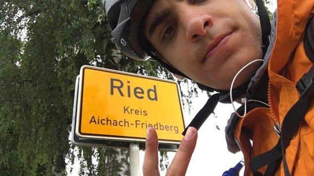 Studentul grec care a mers 48 de zile cu bicicleta pentru a ajunge acasă, după ce zborurile au fost suspendate