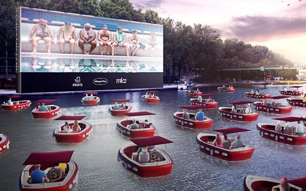 Distanțare: La Paris va fi lansat un cinematograf plutitor