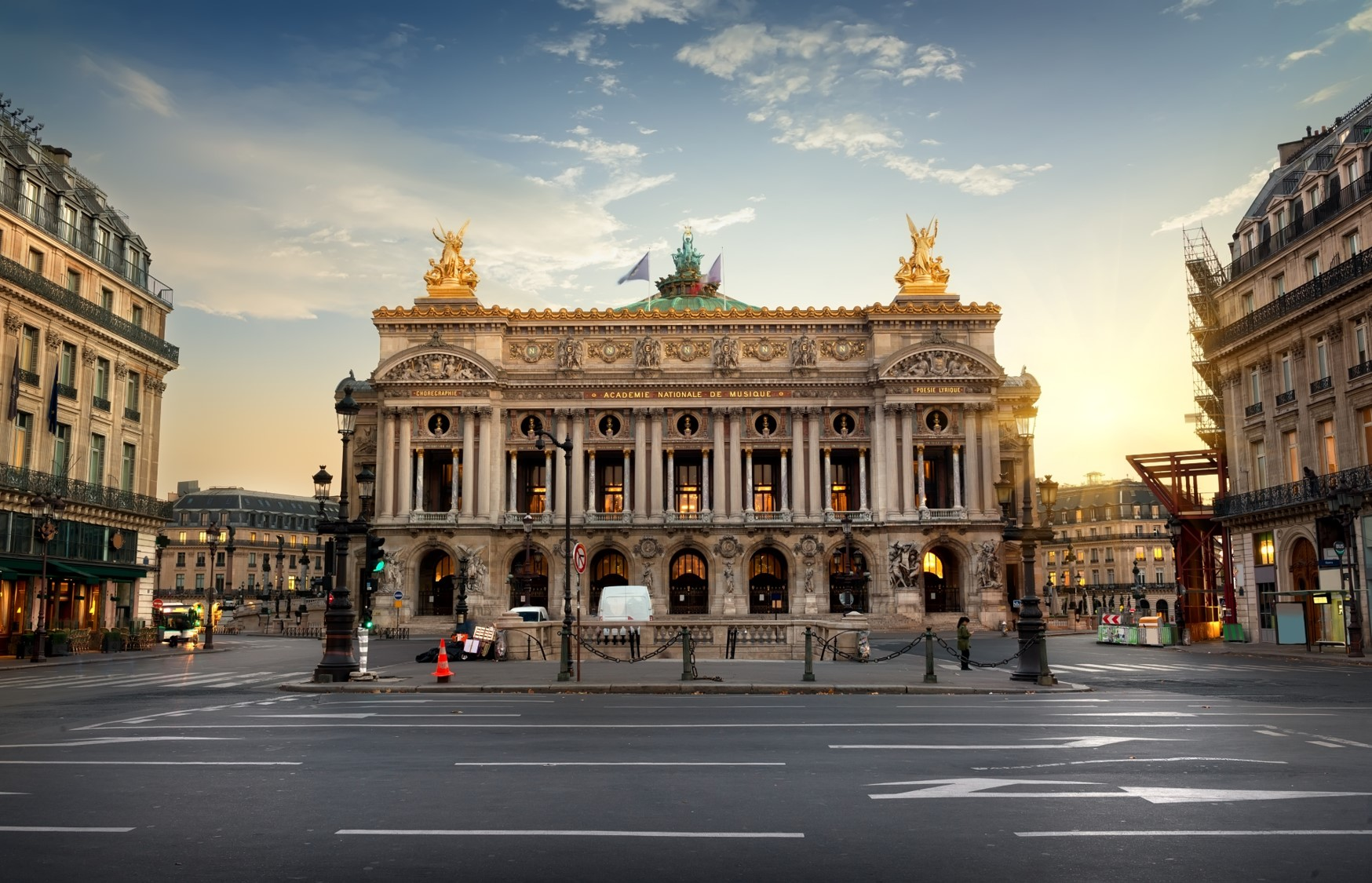 Franța: 420 de milioane de euro ajutor de la guvern pentru industria spectacolelor