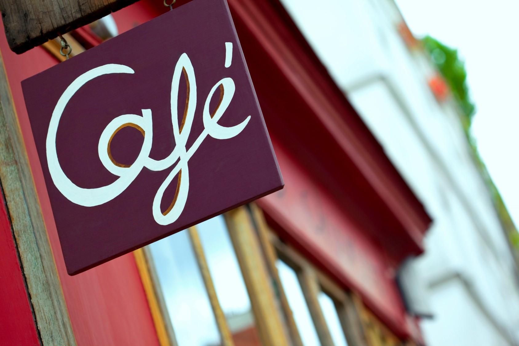 Paris: extinderea teraselor restaurantelor valabilă până în iunie 2021