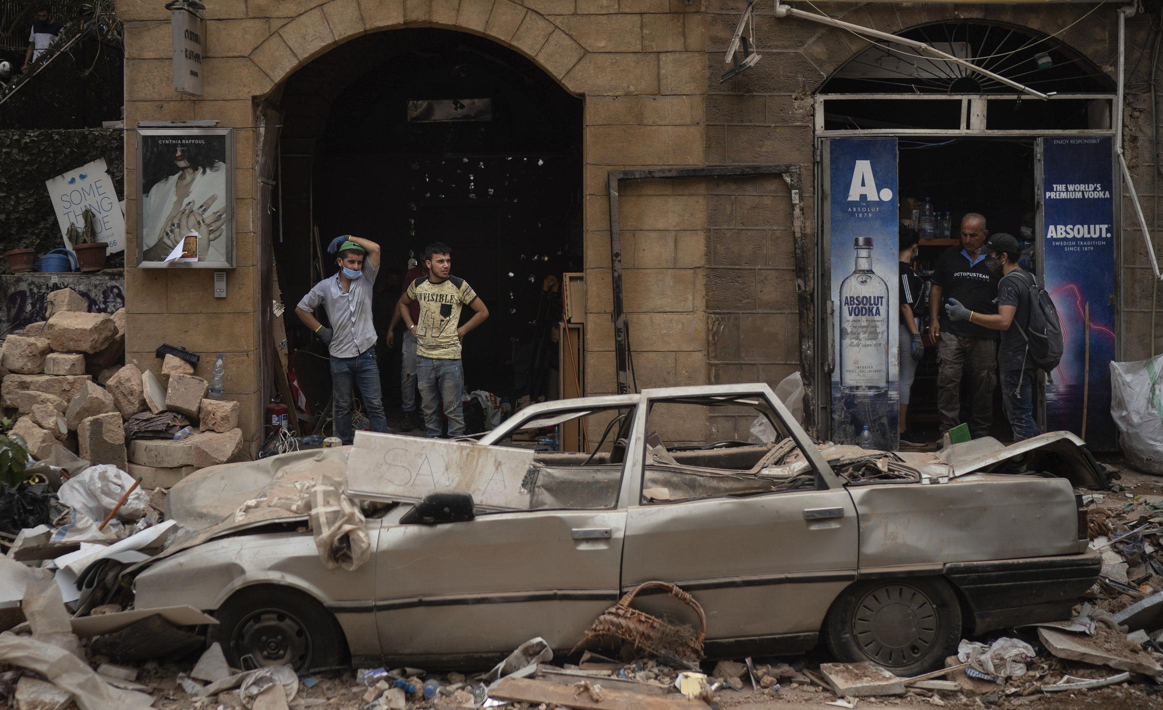 Guvernul de la Beirut a fost avertizat cu două săptămâni înainte de explozie. Tragedia putea fi evitată