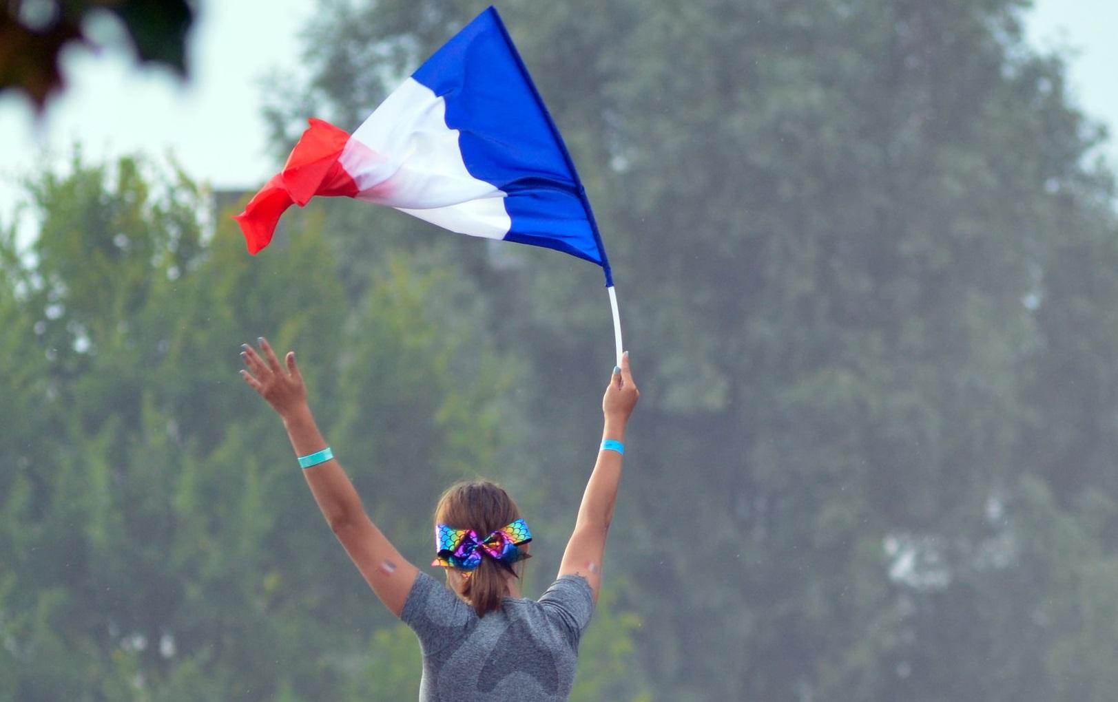 """Francezi revoltați  """"Nu suportăm dictatura câtorva incompetenți. Cetățenii nu sunt respectați"""""""