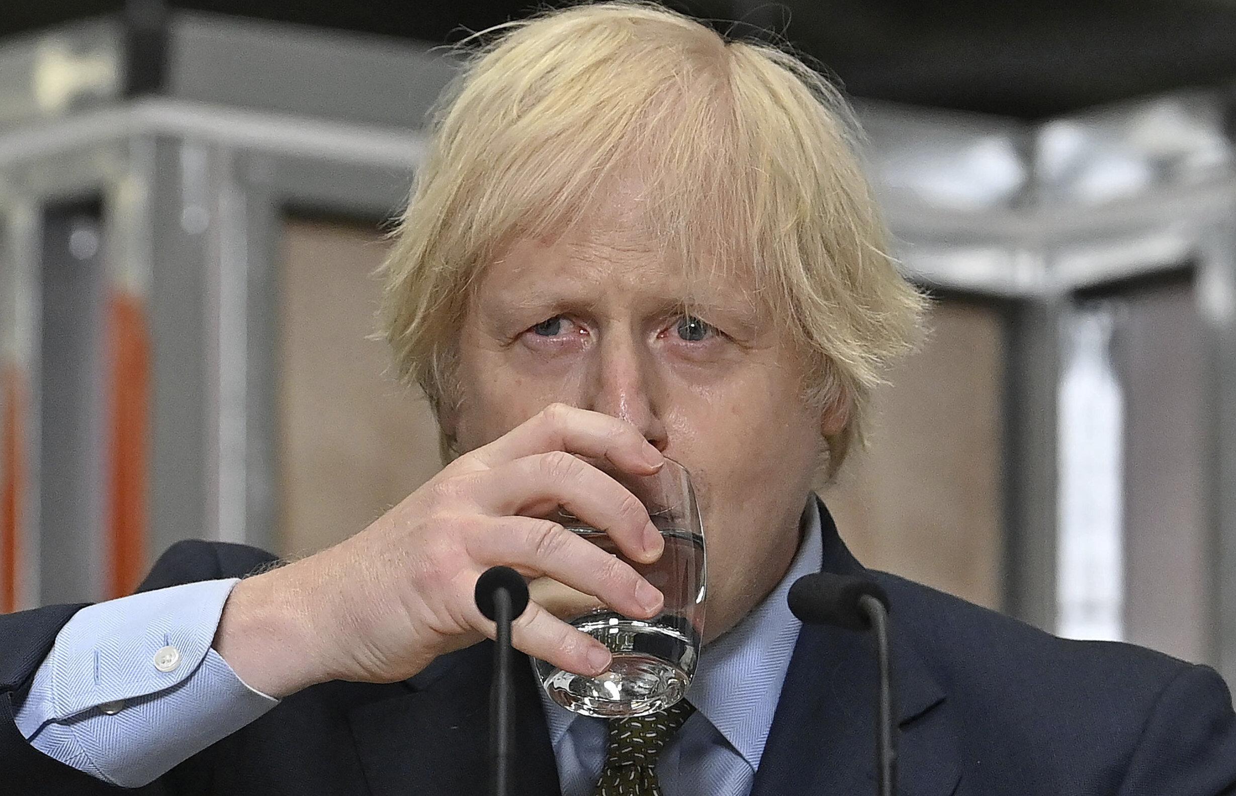 """Boris Johnson: Circulația virusului este mai mare pentru că britanicii """"sunt iubitori de libertate"""". Premierul anunță noi restricții"""