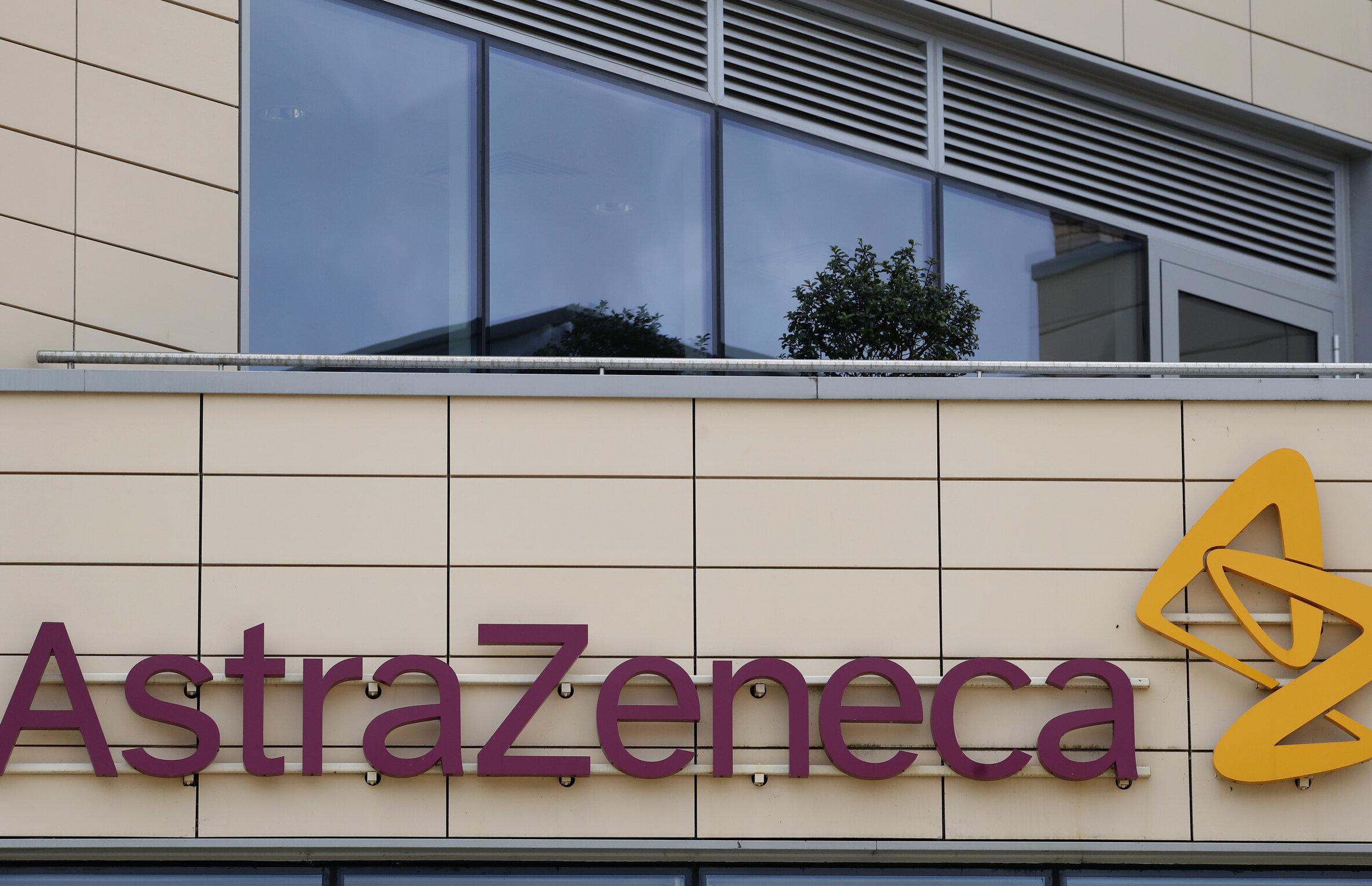 """Testarea potențialului vaccin AstraZeneca, suspendată. Un voluntar a dezvoltat o """"boală inexplicabilă"""""""