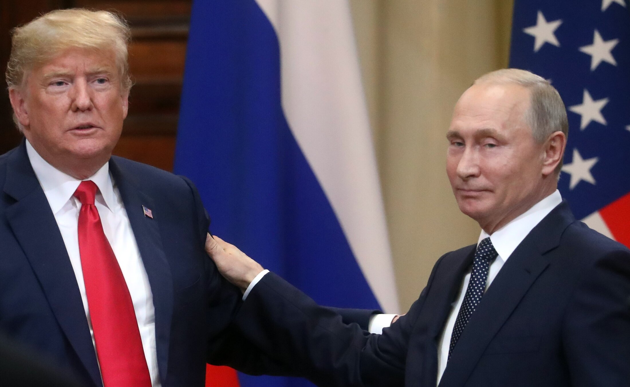 """""""Vitalitatea"""" lui Trump îi va permite să învingă acest """"virus periculos"""", crede Vladimir Putin"""