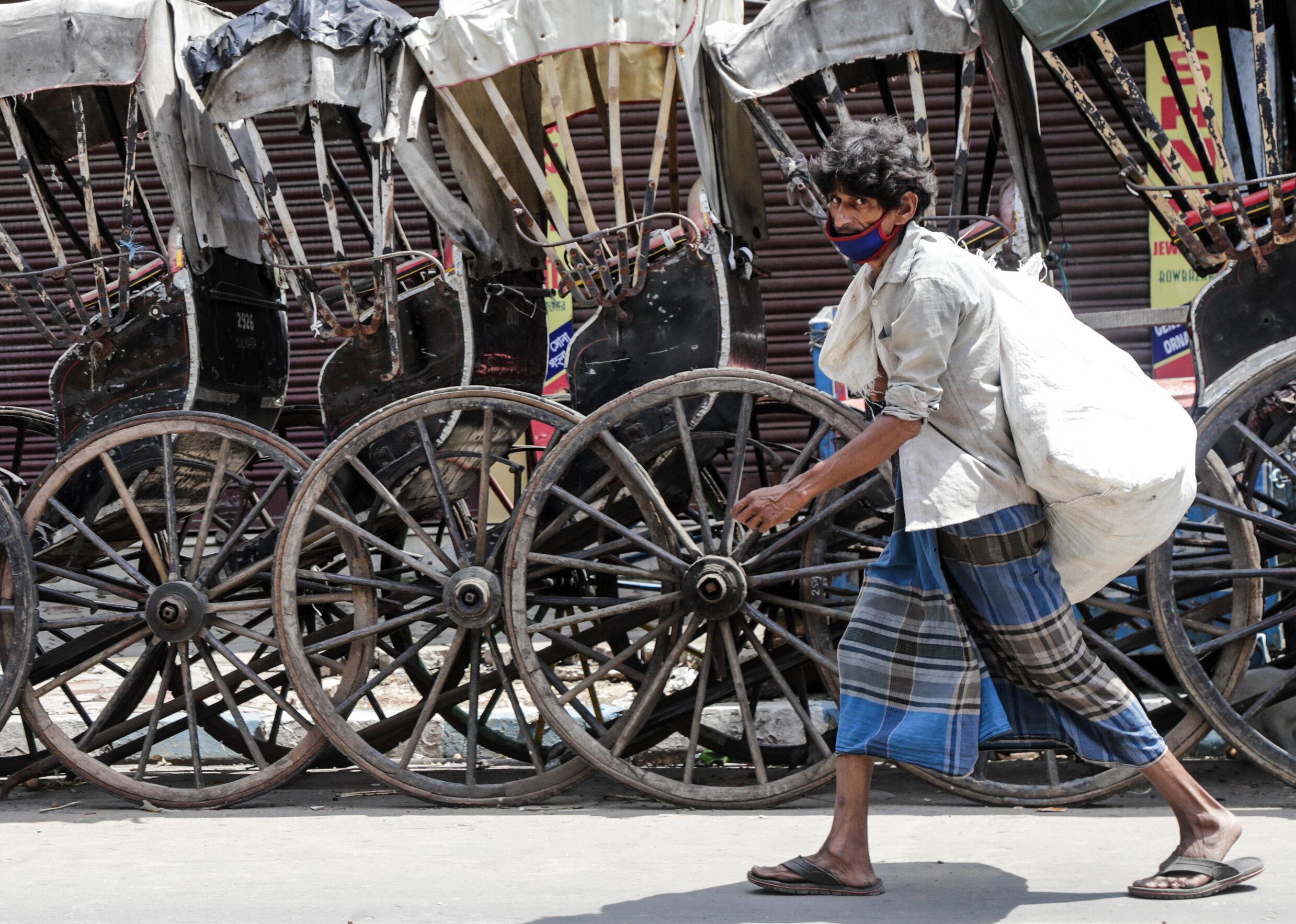 India| Mahalalele din marile orașe au dobândit imunitatea colectivă. Singurele zone în care scade numărul de cazuri noi