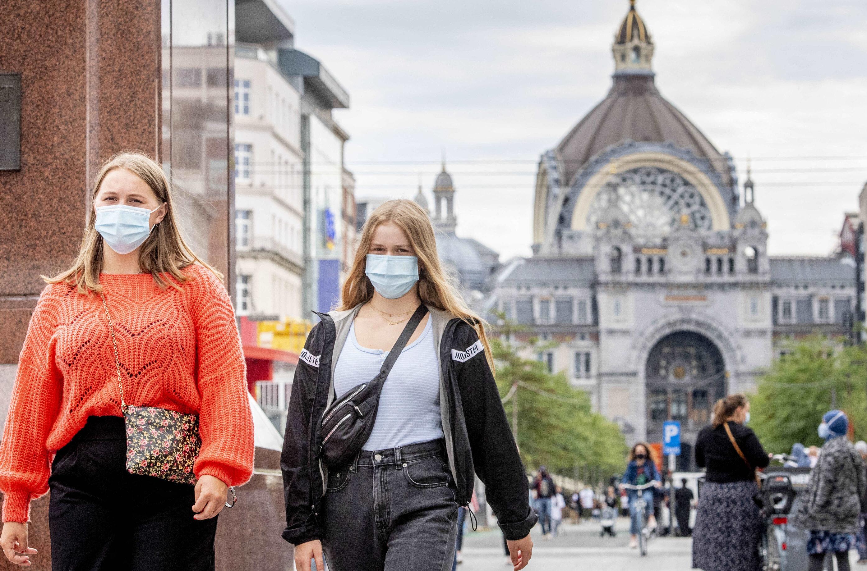 """Belgia, în fața unui nou blocaj. """"Dacă nu scade numărul de infectări, avem o singură opțiune: izolarea"""""""