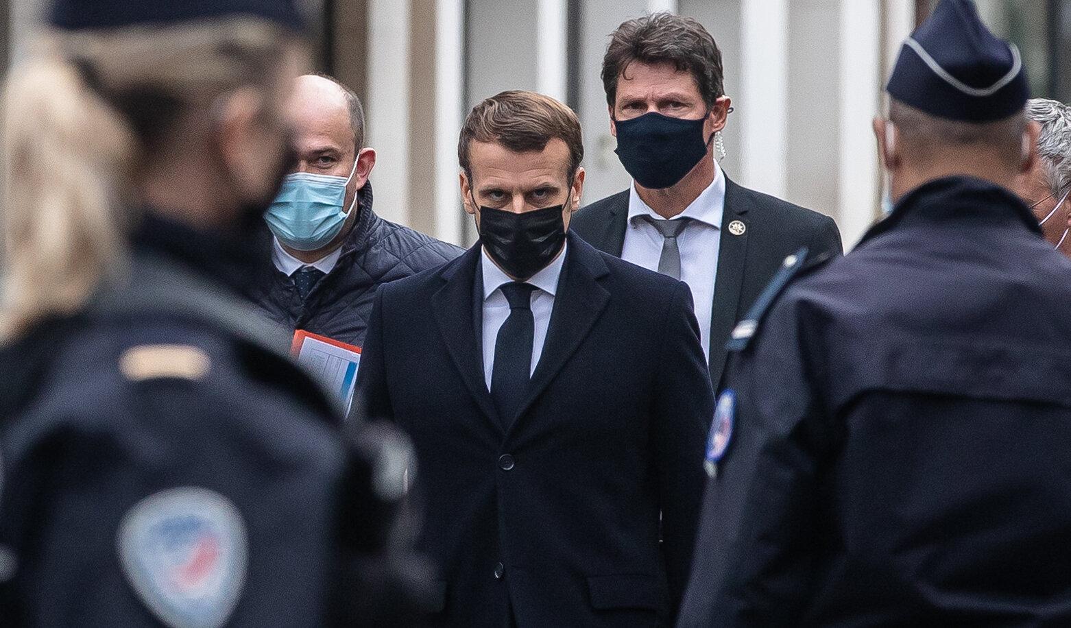 Ce l-a determinat pe Macron să instituie o nouă izolare. Elementele care arată că virusul a fost scăpat de sub control