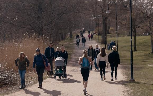 Suedia| Numărul cazurilor noi este îngrijorător, dar restricțiile lipsesc, în continuare
