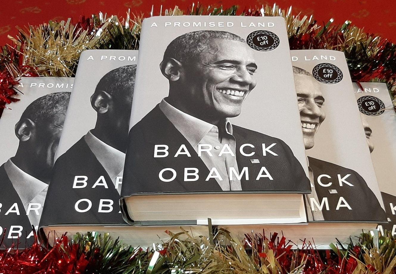 Obama îți dă de citit și de ascultat. Poveștile și muzica de la Casa Albă