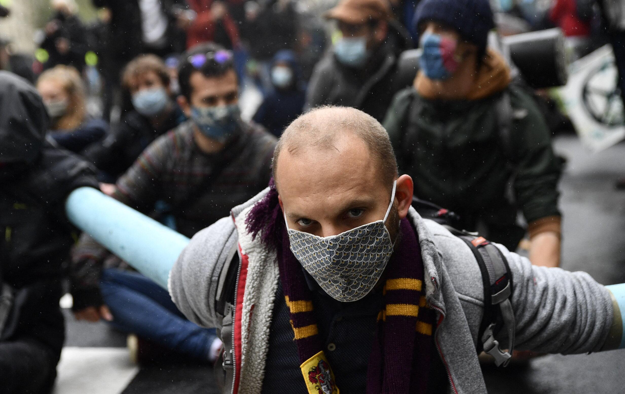 Sănătatea, pe locul doi. 90% dintre francezi se tem mai mult de consecințele economice ale crizei Covid-19