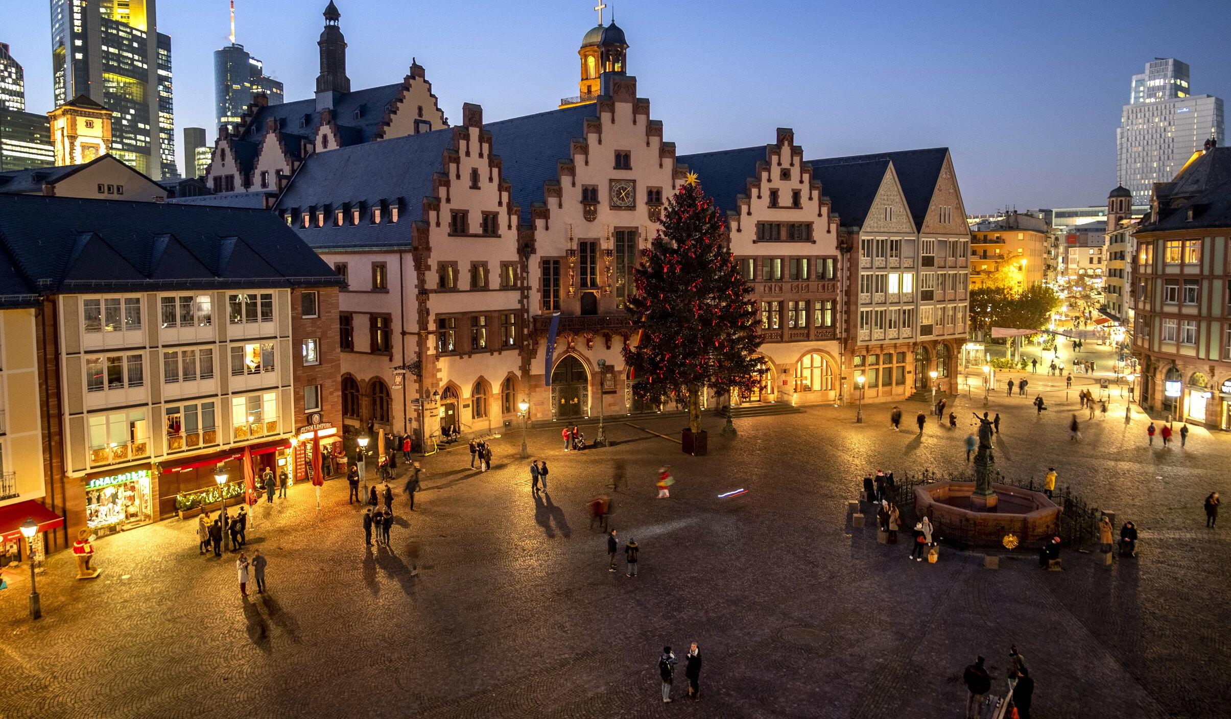 Sărbători de iarnă în Europa. Ce restricții impun guvernele de Crăciun și Revelion