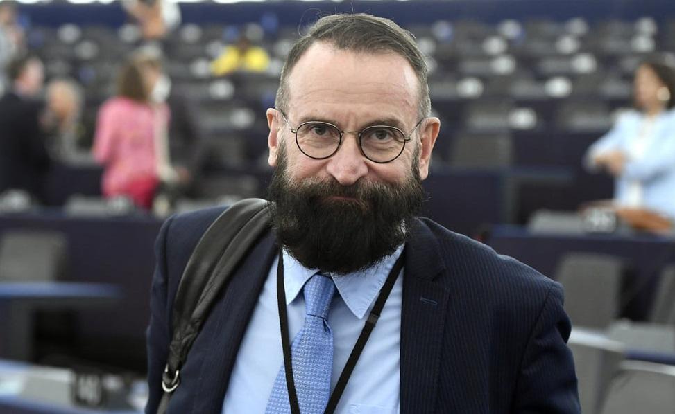 """Cine este europarlamentarul care a participat la orgia sexuală din Bruxelles. """"A fost iresponsabil din partea mea"""""""