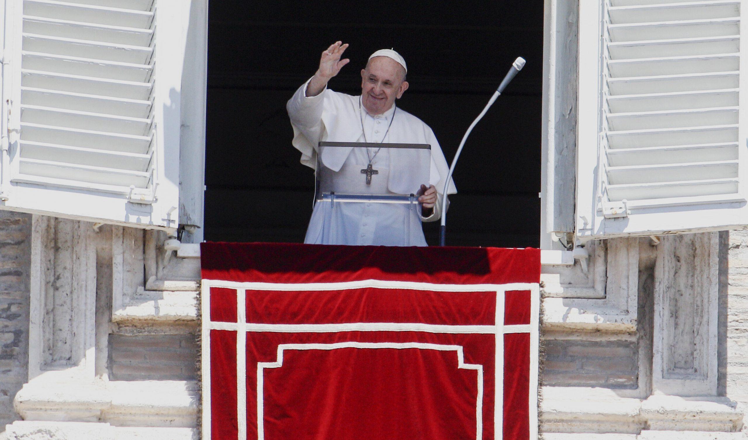 """Papa Francisc ar putea renunța la funcție după Crăciun. """"Nu există îndoială că va demisiona în 2020"""""""