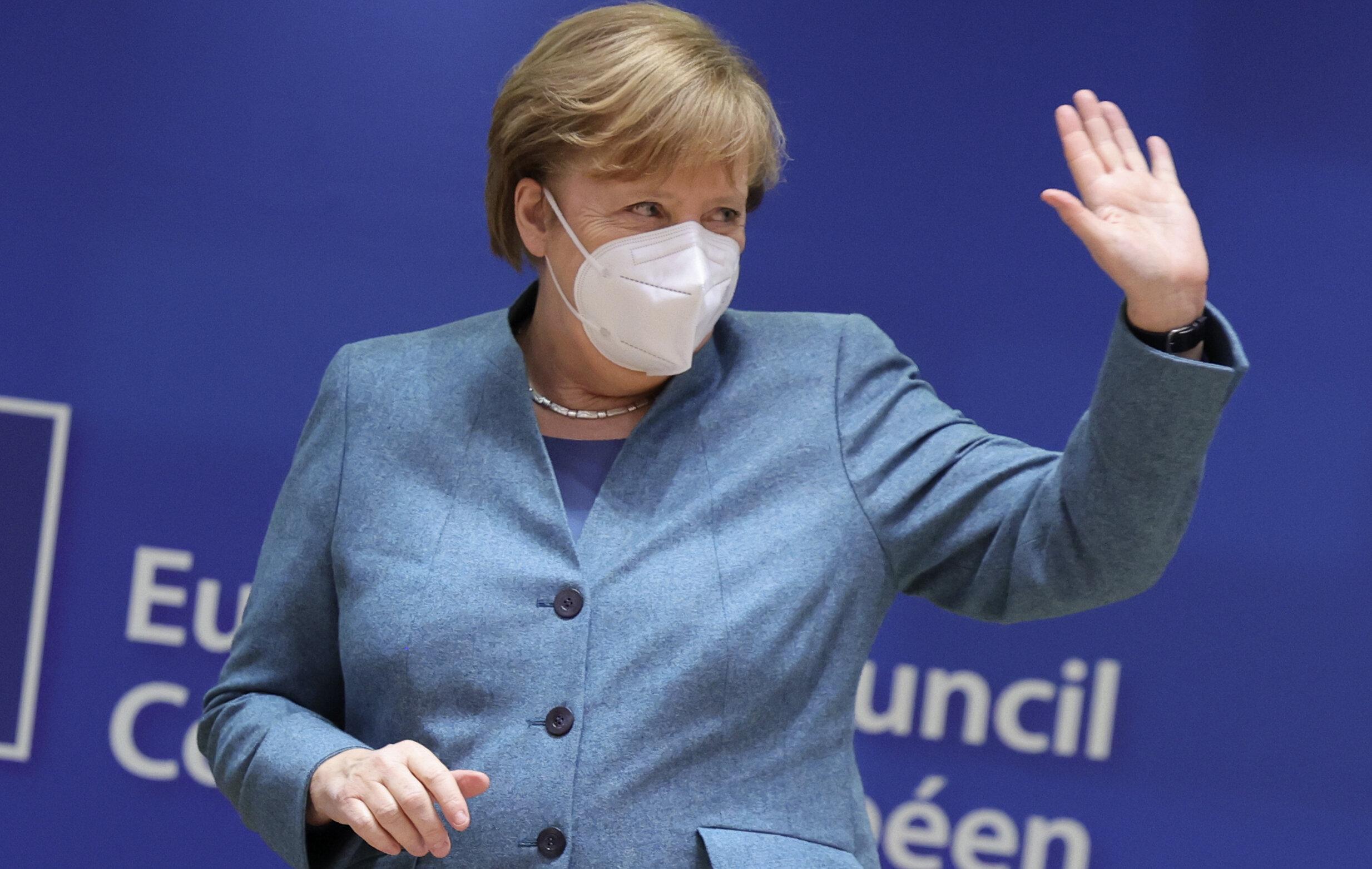 Merkel impune noi restricții. Doar supermarketurile, farmaciile și băncile rămân deschise