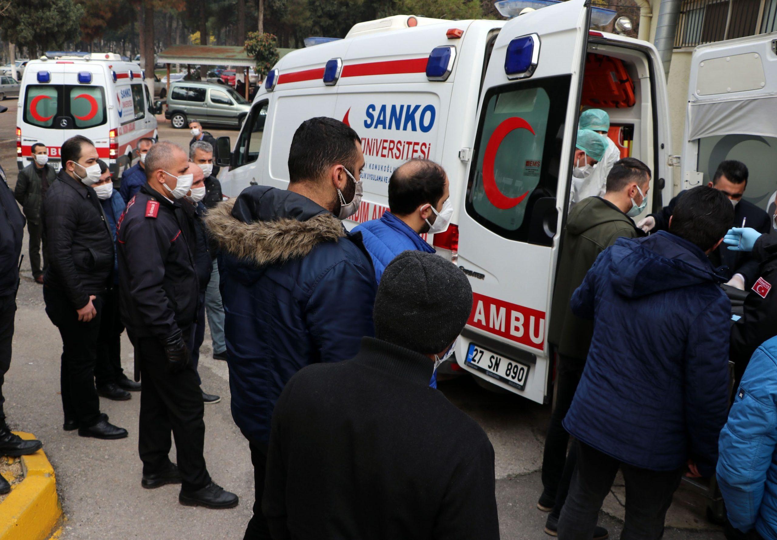 Opt pacienți au decedat din cauza unui incendiu izbucnit într-o secție ATI din Turcia