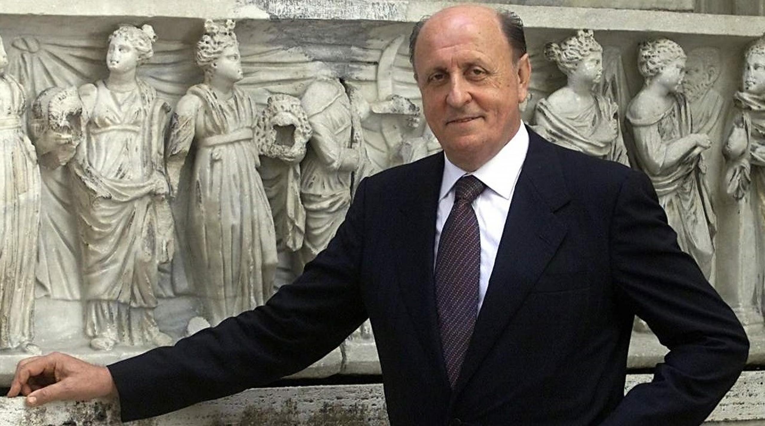 Fostul șef al băncii Vaticanului a fost condamnat la nouă ani de închisoare pentru spălare de bani și delapidare