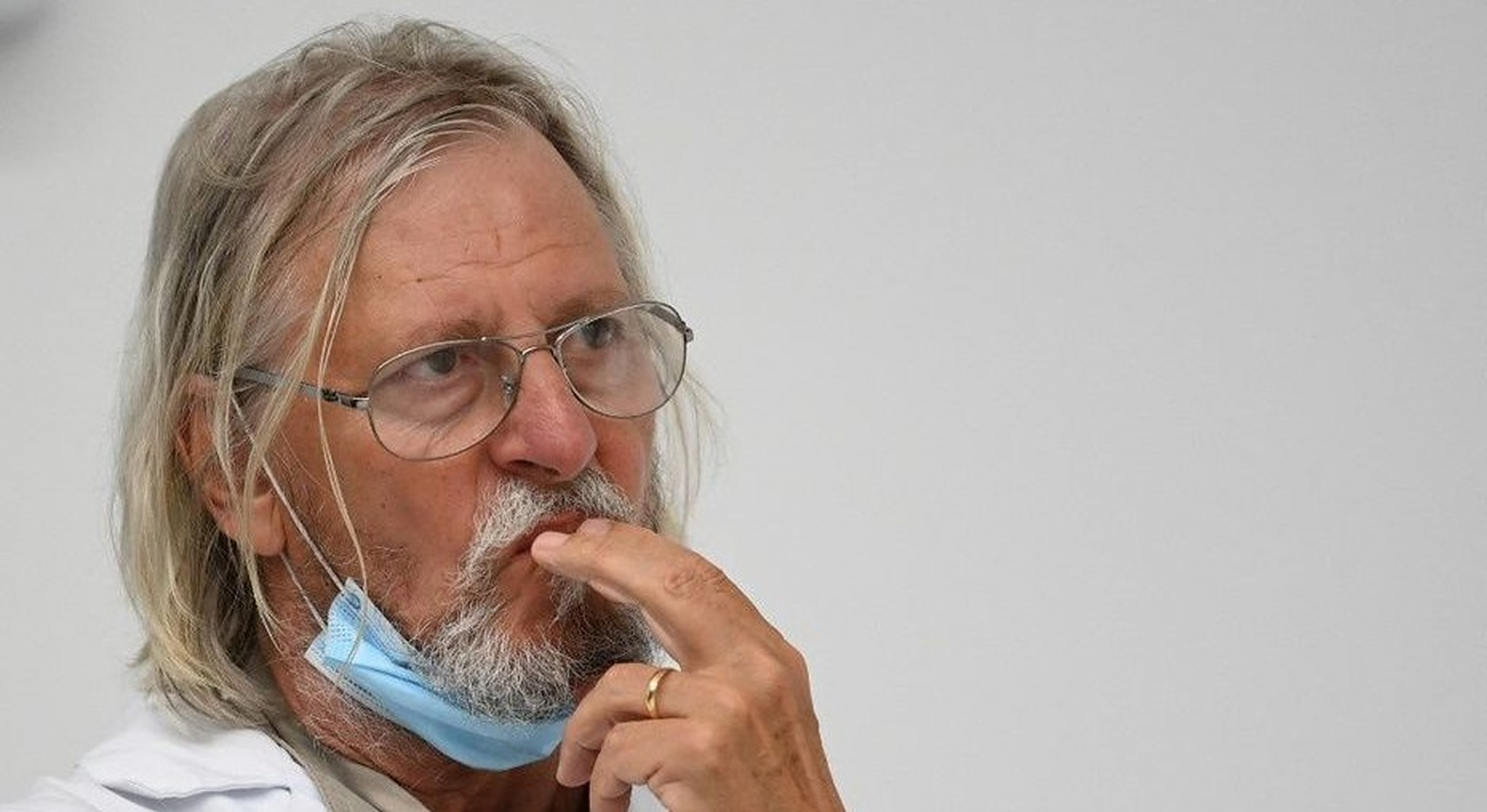 """Profesorul Didier Raoult: """"Corupția din industria farmaceutică este ceva real, nu o conspirație"""""""