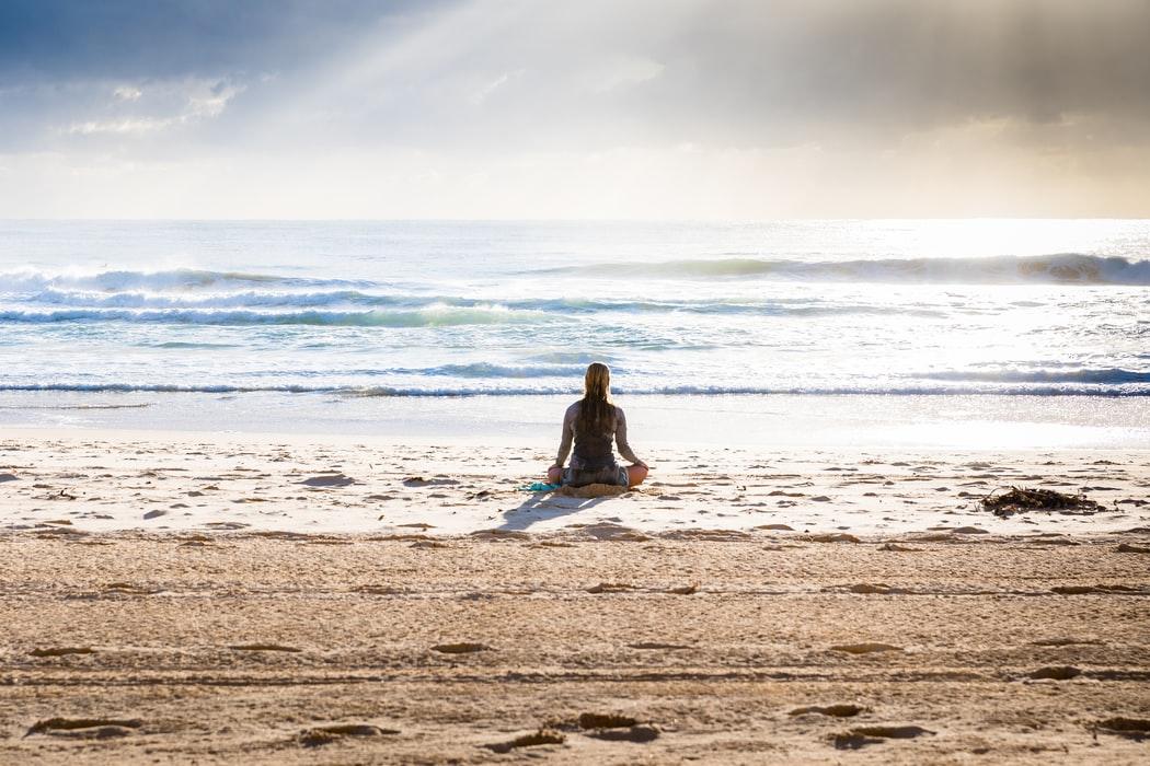 De ce atunci când ne aflăm în apropierea mării suntem mai fericiți și liniștiți?