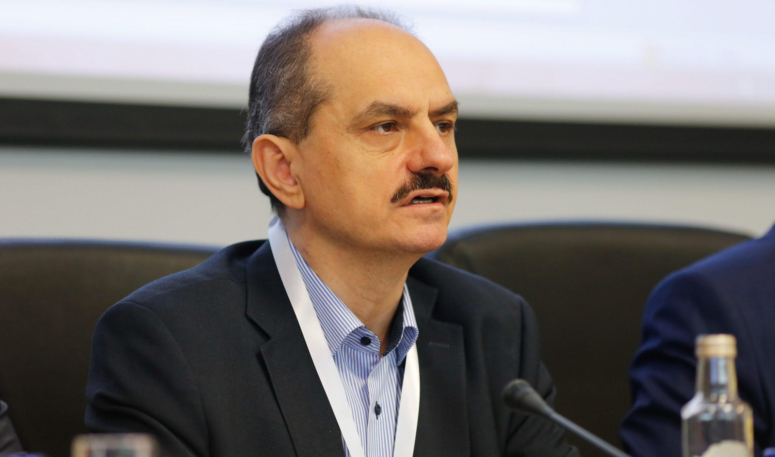 Germania testează un vaccin anti-Covid similar cu cel descoperit de prof. Păunescu în februarie. Dar România nu i-a acordat finanțare