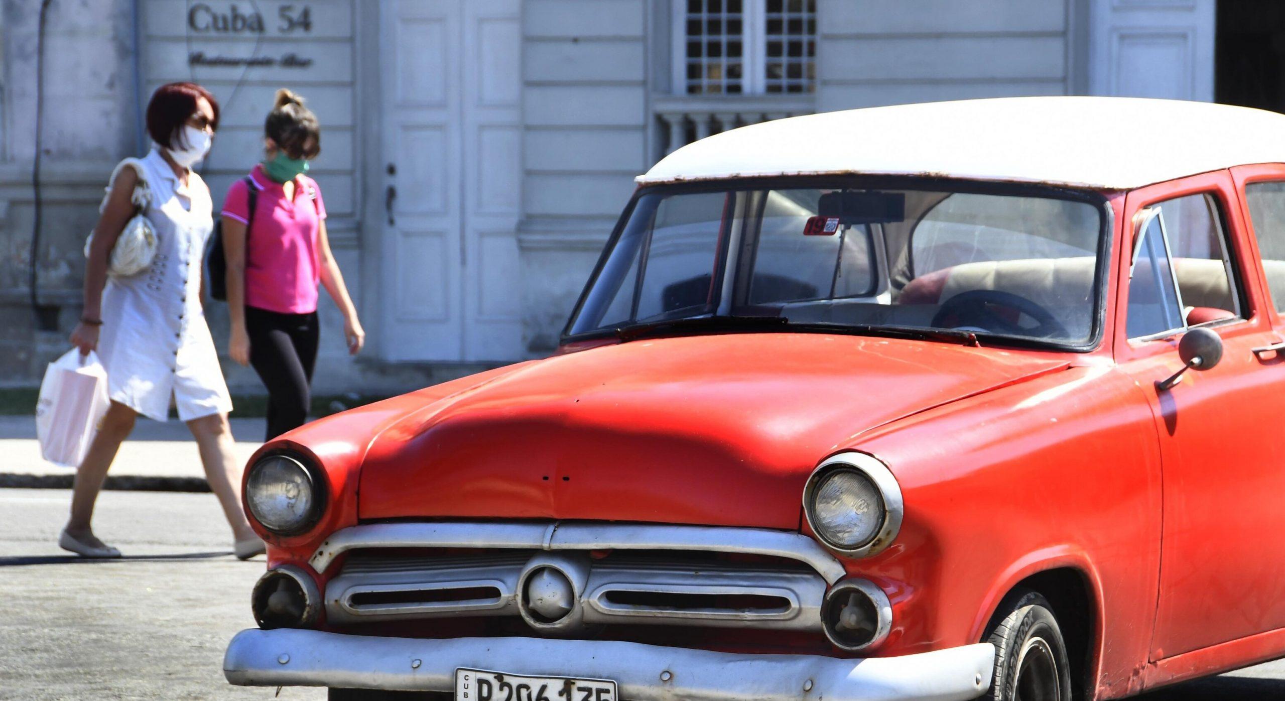 Campanie de promovare a turismului în Cuba  Vii în vacanță, primești bonus vaccinul lor anti-Covid