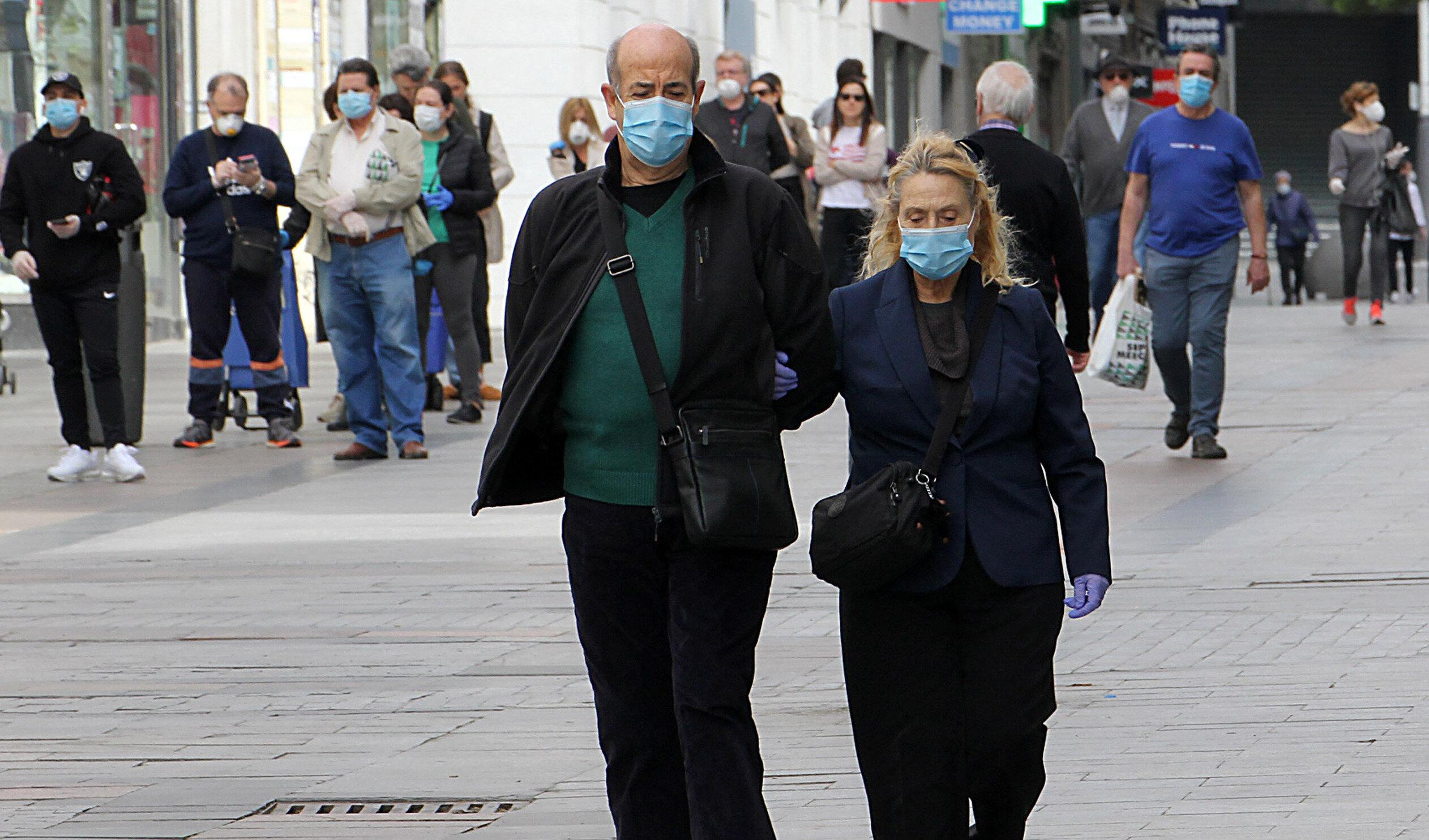 Izolarea nu aduce niciun beneficiu privind numărul de contaminări, arată un studiu realizat cu date din 10 țări