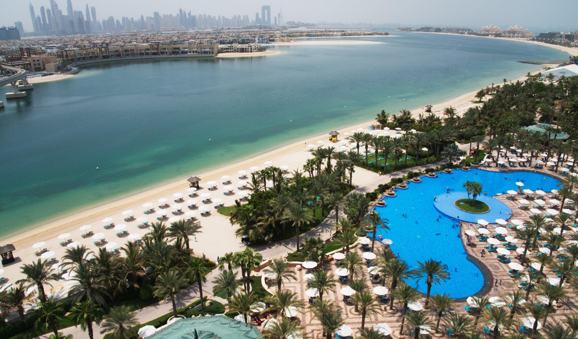 """Cum a reușit Dubai să devină destinația """"covid-free"""" preferată de europenii sătui de restricții"""