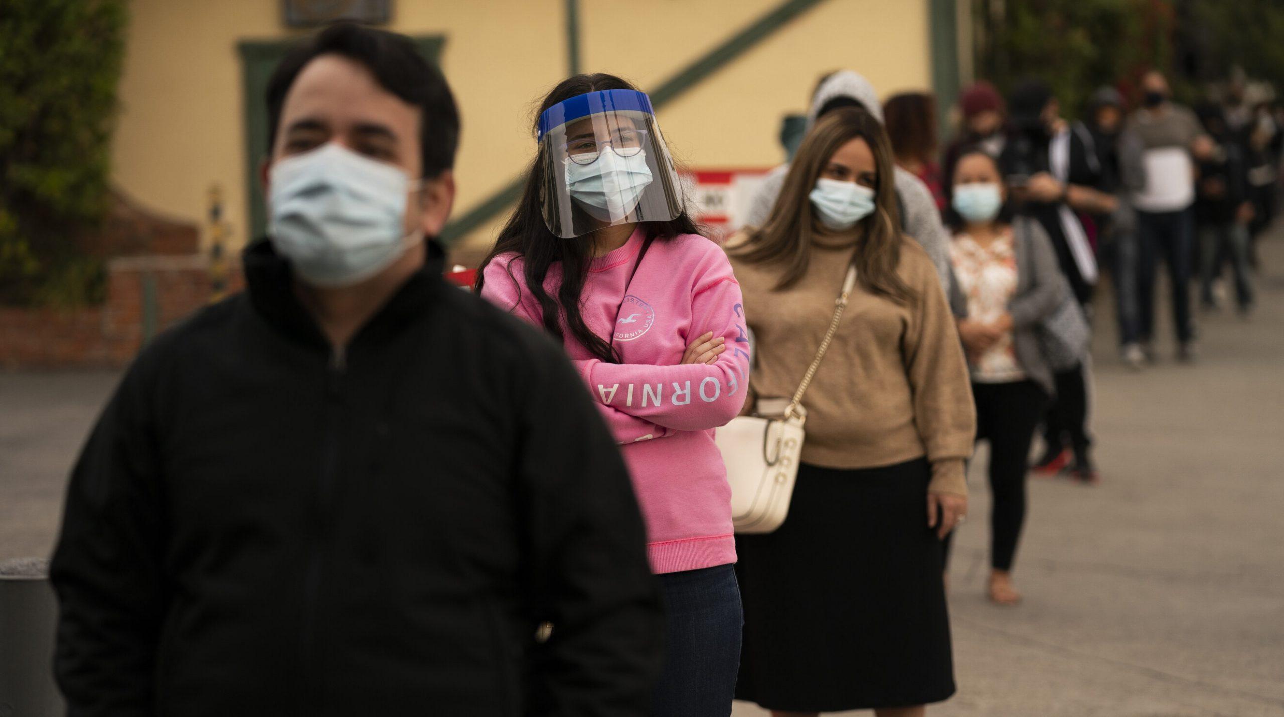 Los Angeles| La fiecare 10 minute, o persoană moare din cauza coronavirusului. Campanie de conștientizare inițiată de autoritățile americane