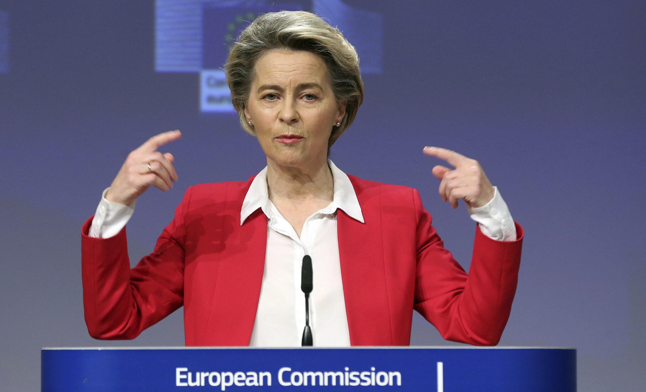 """Certificatul de vaccinare, aproape de a deveni realitate. Ursula von den Leyen dă aviz favorabil unui document european """"comun"""""""