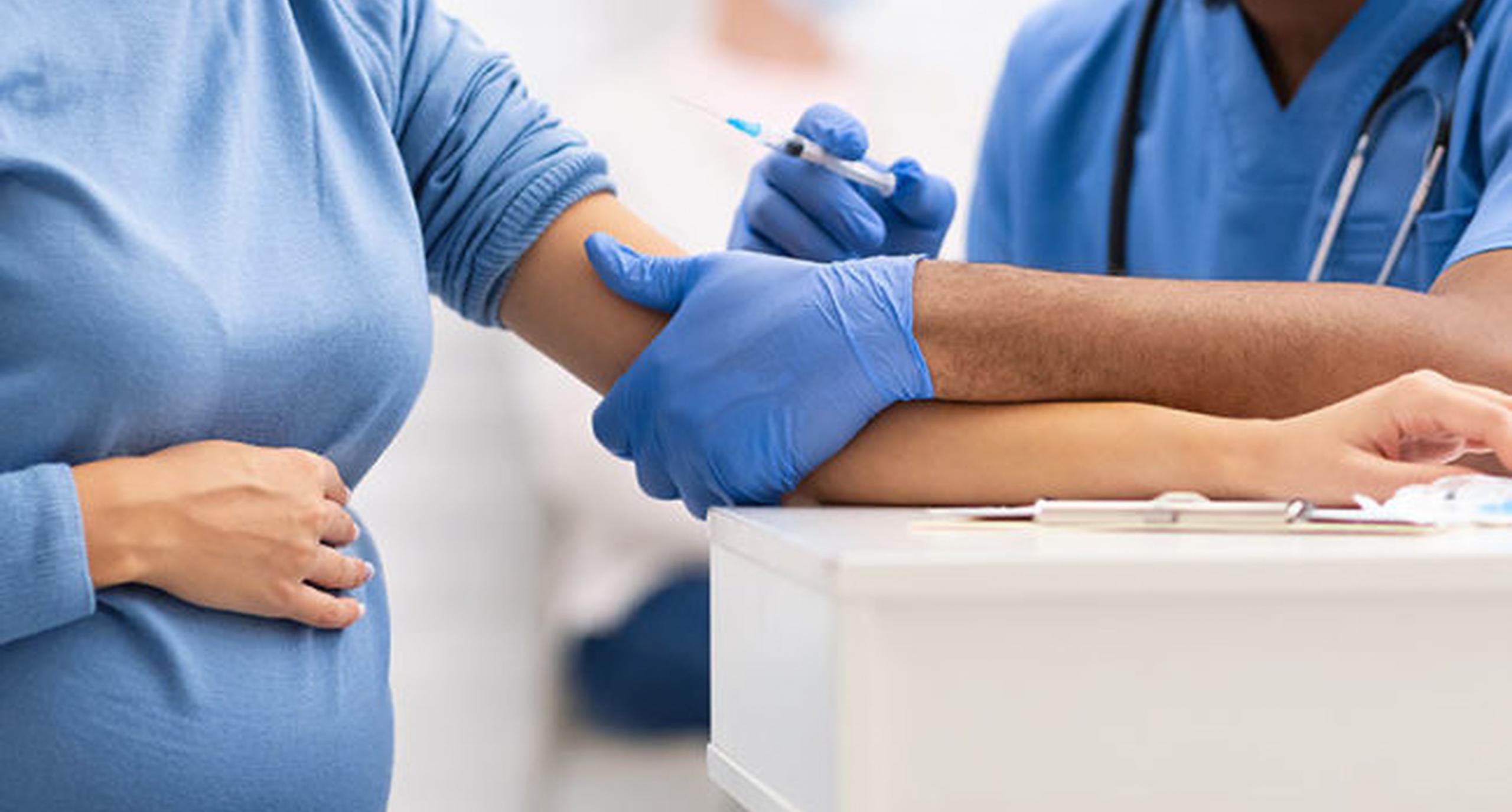 OMS schimbă recomandarea| Femeile însărcinate pot fi vaccinate anti-Covid. Israel și SUA au actualizat deja strategia