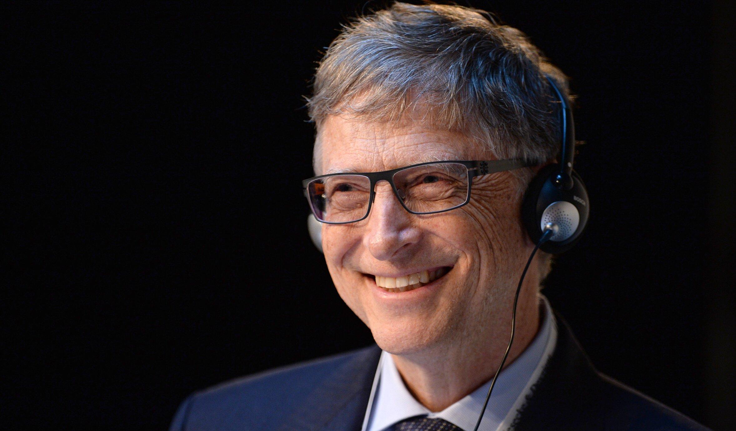 Previziunile lui Bill Gates. Când se va termina pandemia și cu ce avantaje am putea rămâne în urma ei