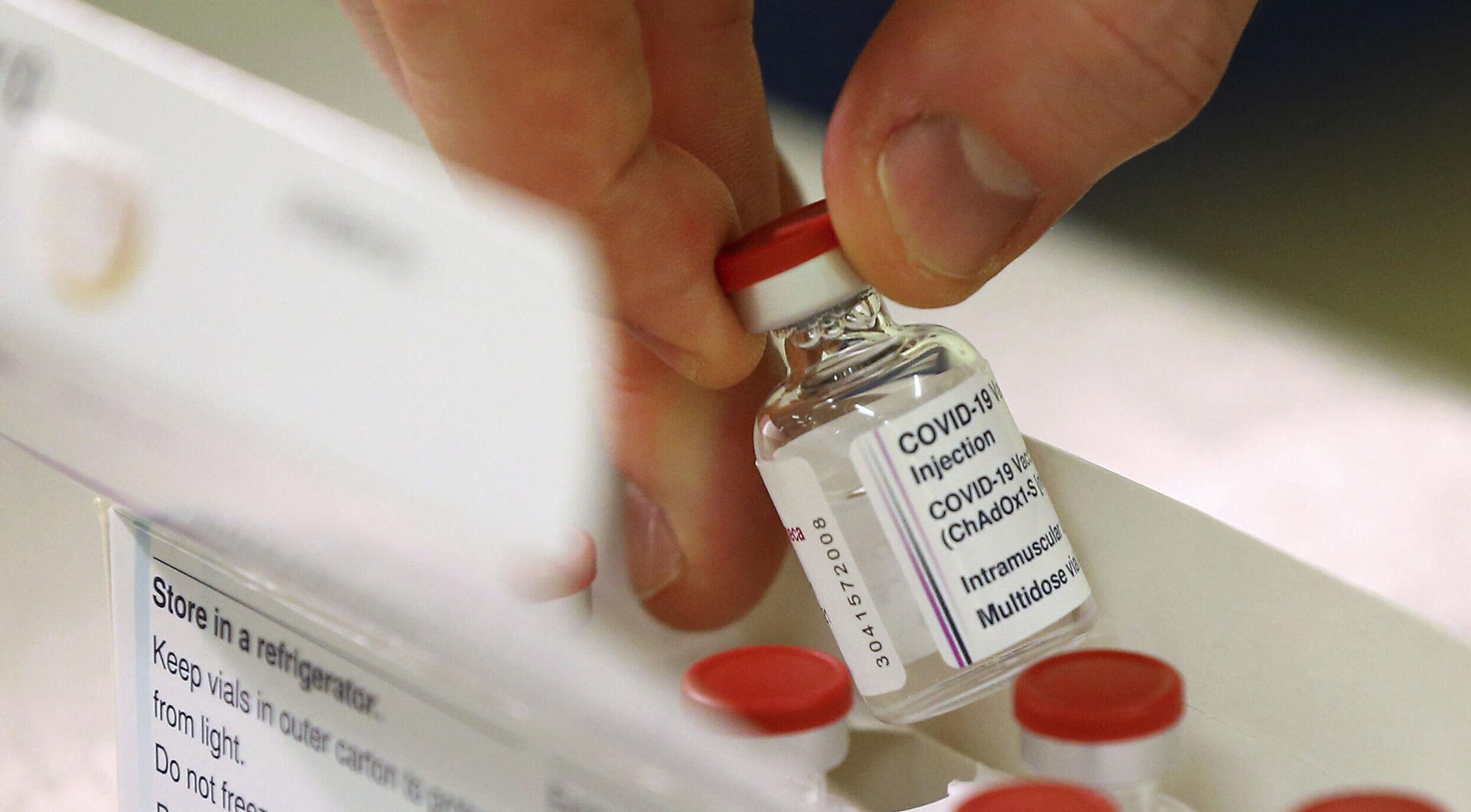 Suedia| Doar persoanele sub 65 de ani vor fi vaccinate cu serul AstraZeneca