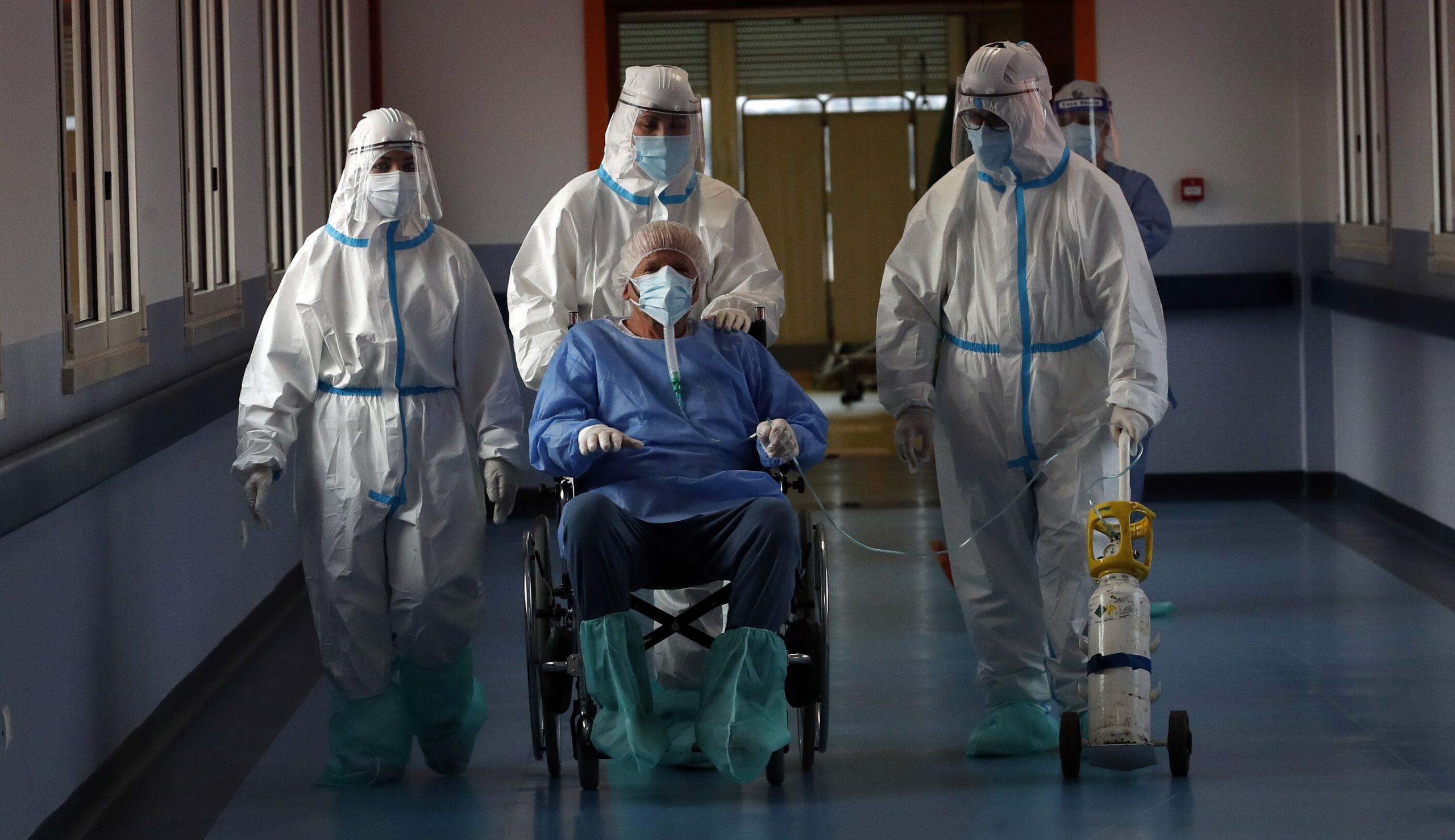 Cu ce antivirale sunt tratați bolnavii Covid-19 spitalizați în România. Niciunul nu este aprobat în Uniunea Europeană
