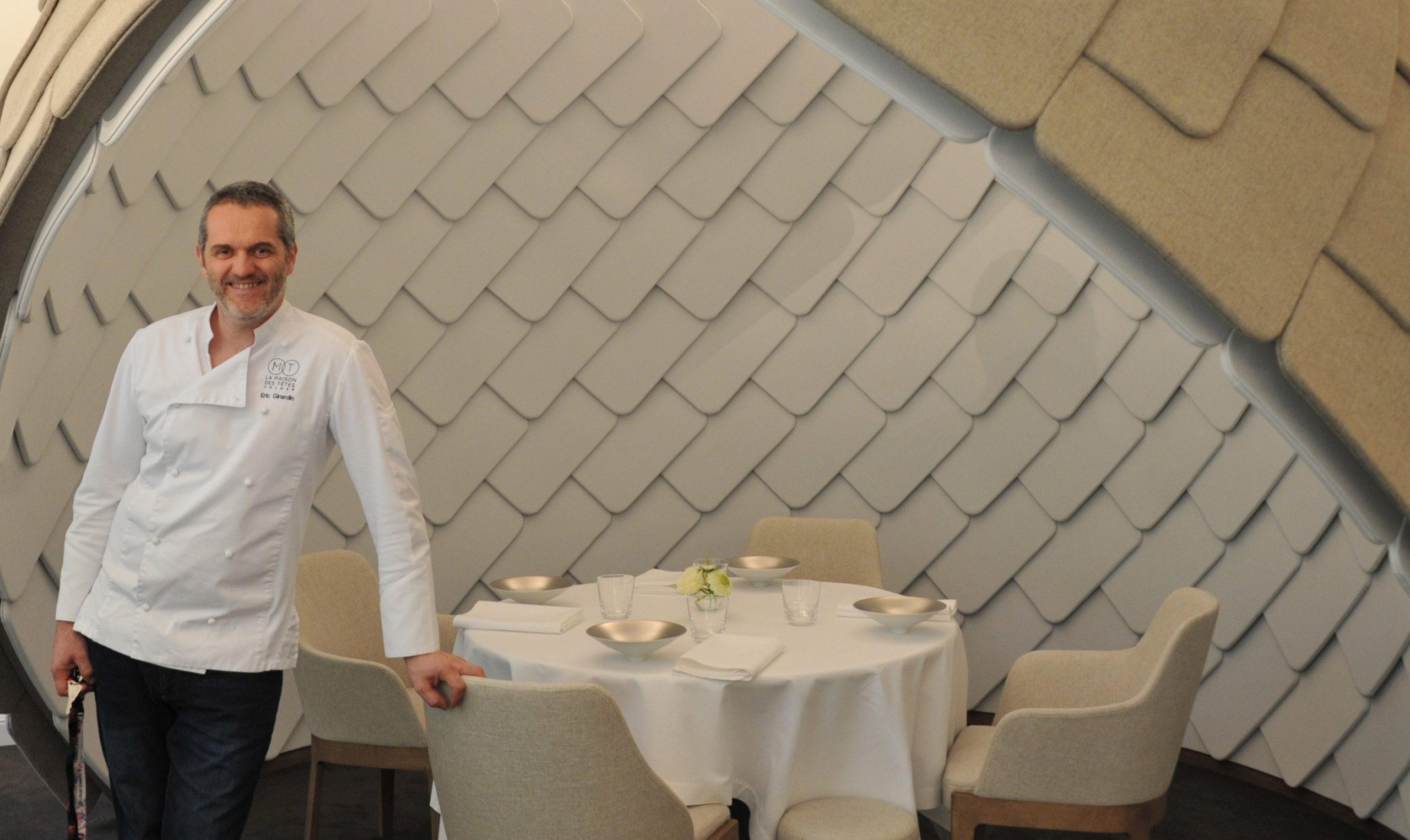 """Cum arată un restaurant """"Zero Covid"""". Test de salivă la intrare, meniuri de unică folosință, dezinfectare automată a farfuriilor"""