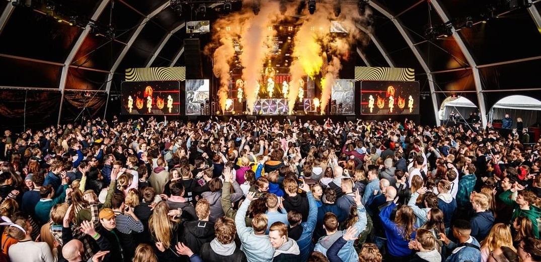 Festival-test în Olanda. 1.500 de participanți, test Covid la intrare, masca obligatorie