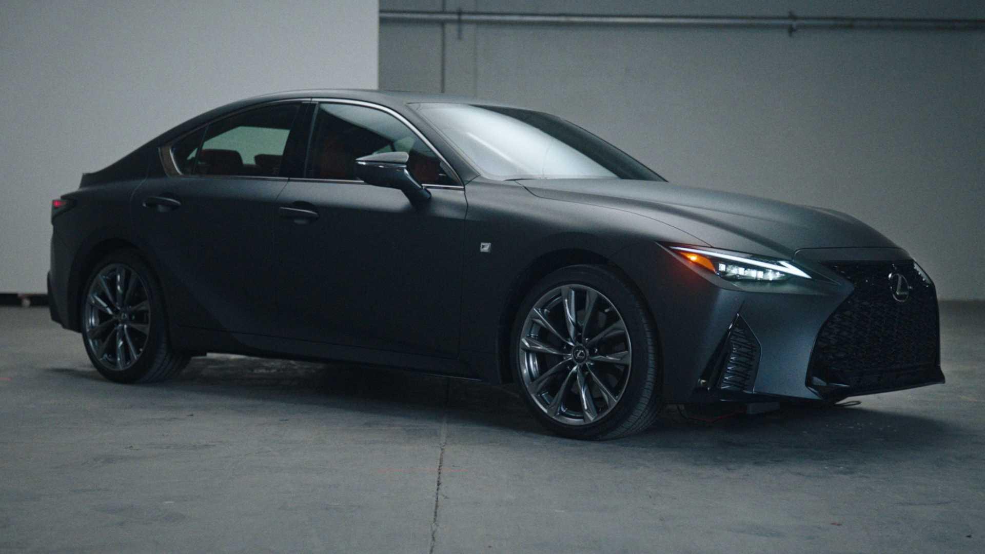 Pick-up la bord. Lexus face o mașină pentru colecționarii de discuri