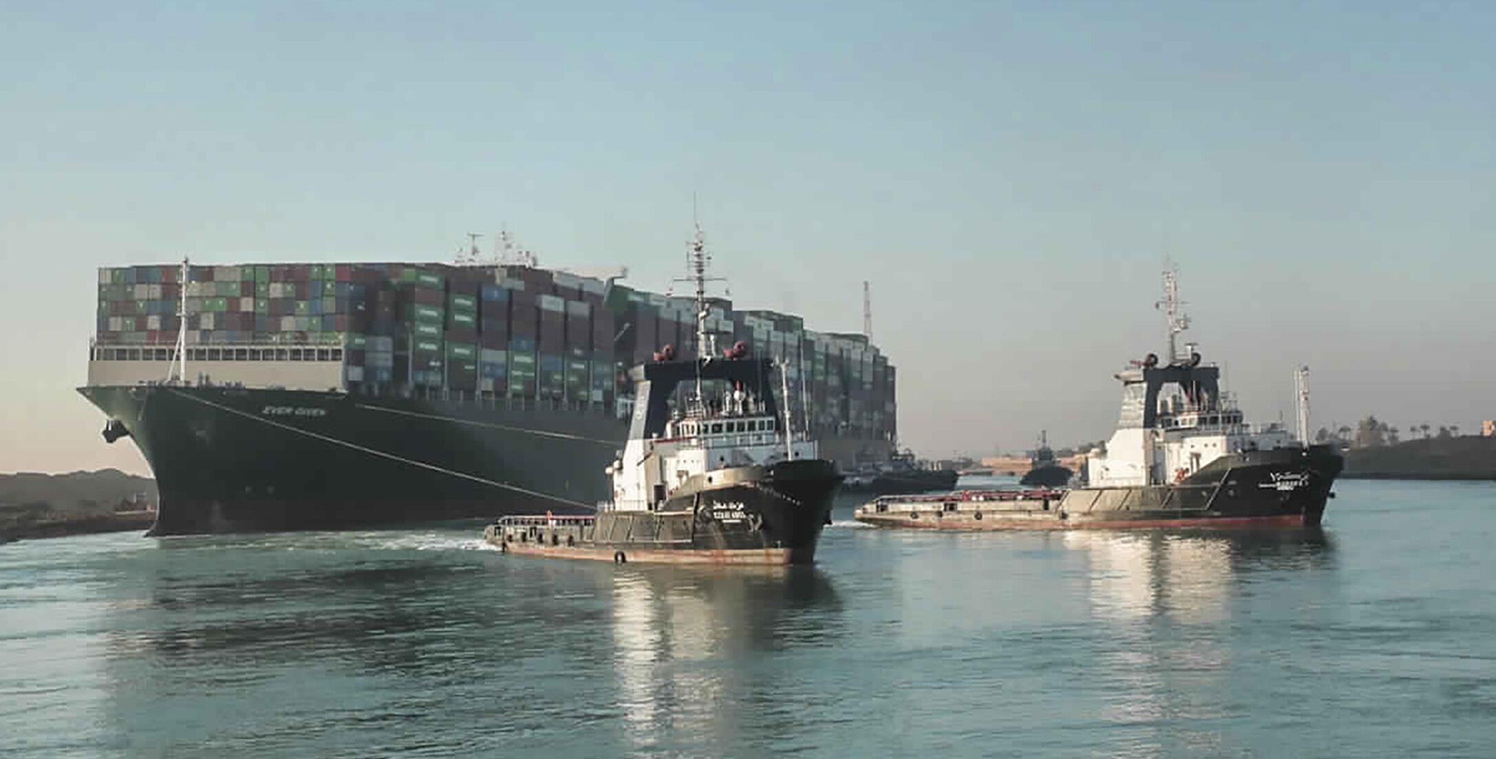 Canalul Suez| Traficul a fost parțial reluat. Nava Ever Given a fost înlăturată