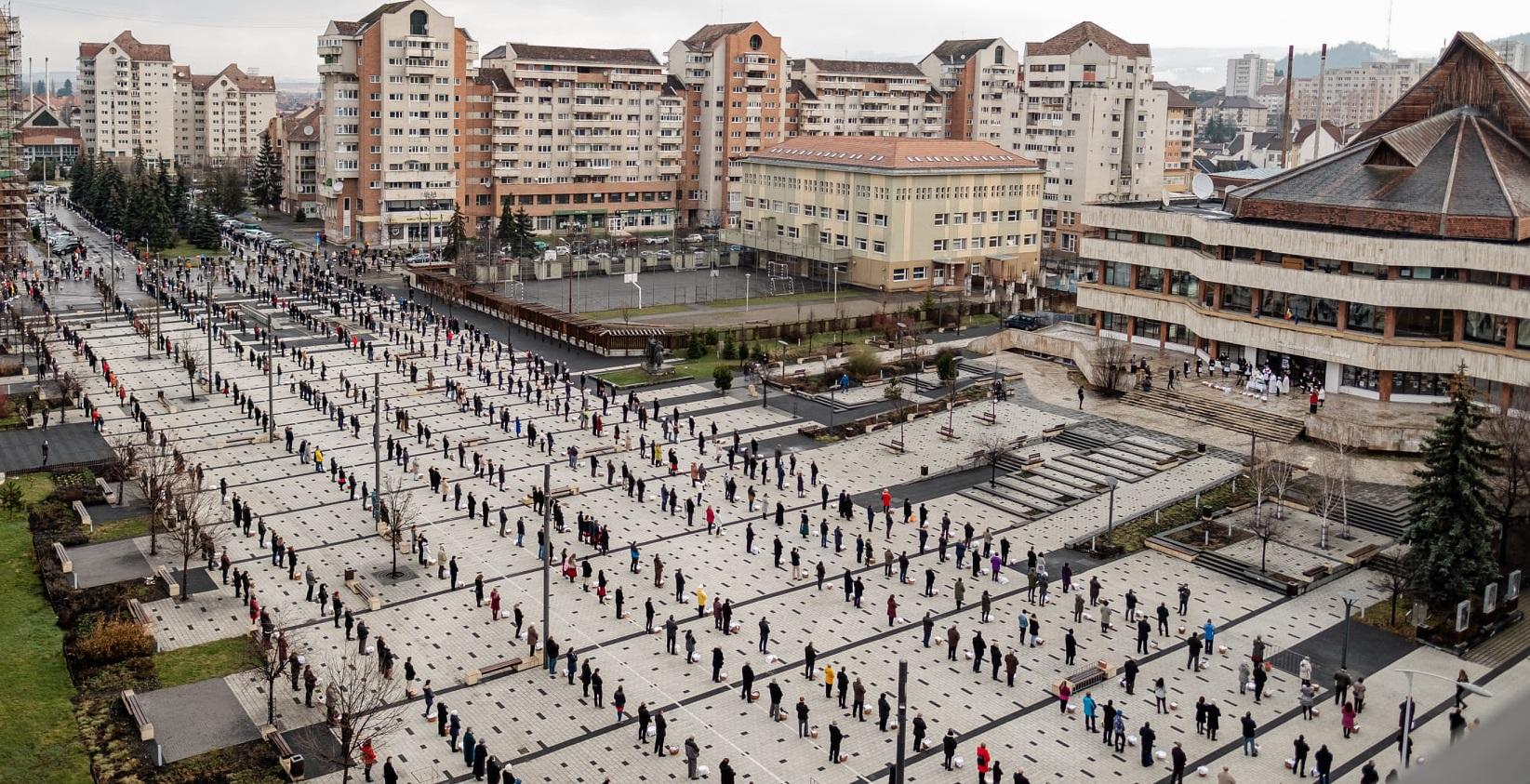 Miercurea Ciuc| Slujbă de sfințire a bucatelor de Paști, cu distanțare. A fost intonat imnul Ungariei