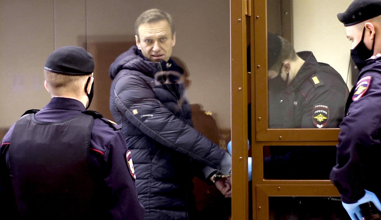 """Aleksei Navalnîi începe să """"nu-și mai simtă mâinile și picioarele"""". Tratamentul pe care îl primește în închisoare nu este adecvat"""