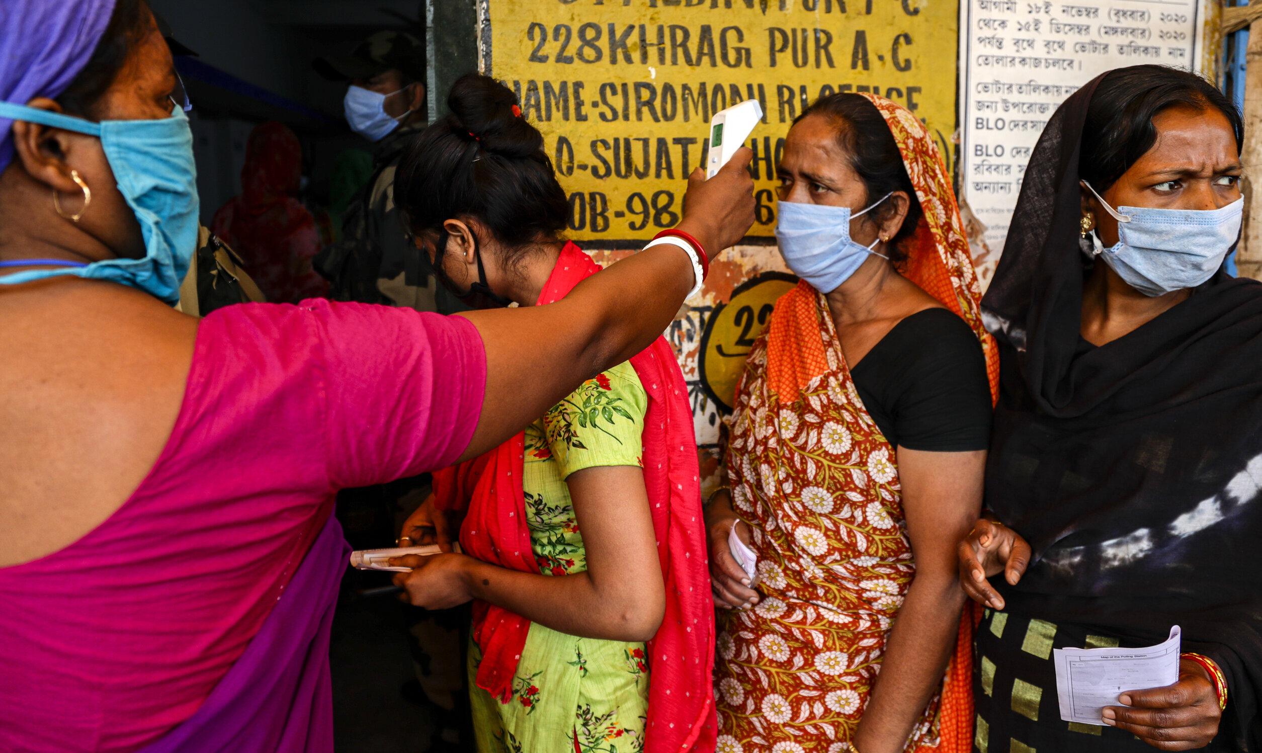 Record de noi cazuri Covid în India: 103.558 în ultimele 24 de ore. Se impun noi măsuri de carantină